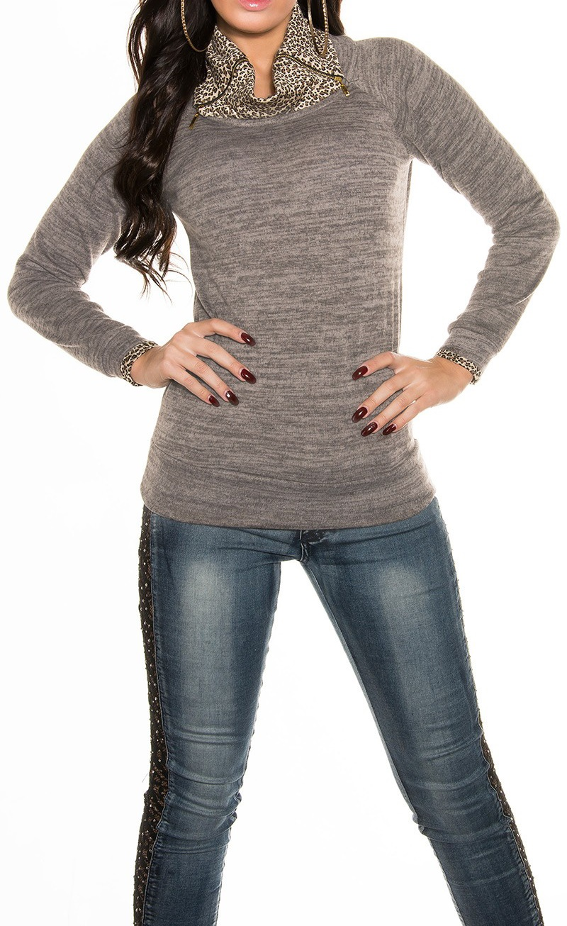 ookoucla_sweater_with_high_collar_and_zips__color_cappuccino_size_onesize_0000t33272_cappuccino_42